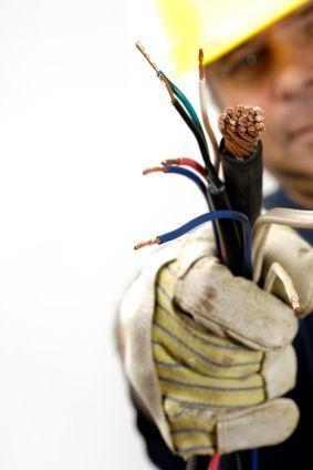 Electricistas Urgentes Madrid - 24 horas
