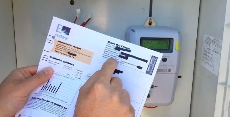 Revisión de factura de la luz para ahorrar